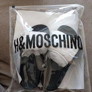 H&M x MOSCHINO SLIDES